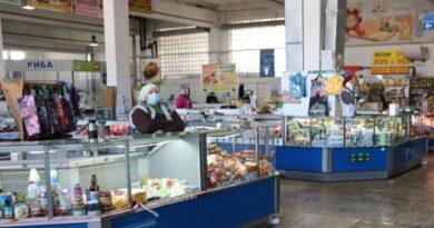 У Тернополі закривають усі ринки